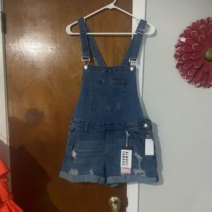NWT Almost Famous Shorts Overalls